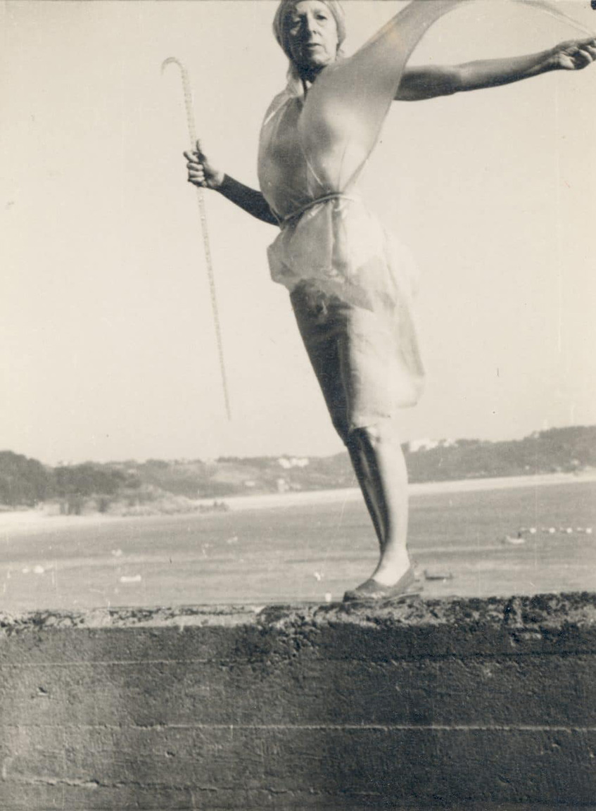 * 19 72 1947 Claude-Cahun-Self-portrait-on-sea-wall-1995.31m
