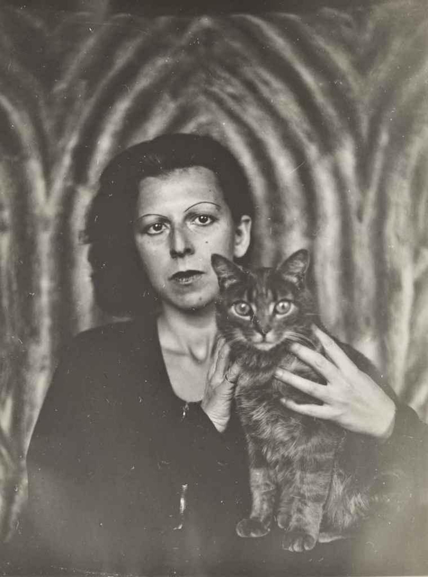* 5 72 1925 004-claude-cahun-theredlist