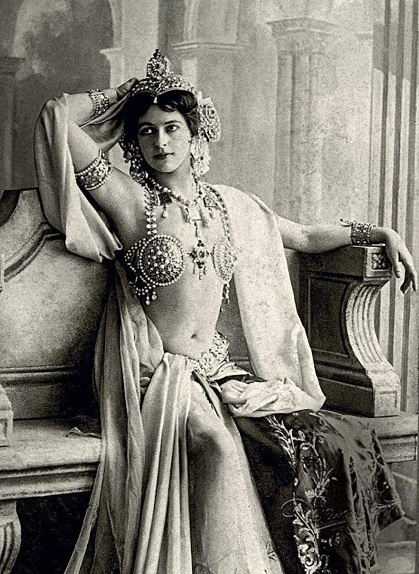 10 72 Mata Hari