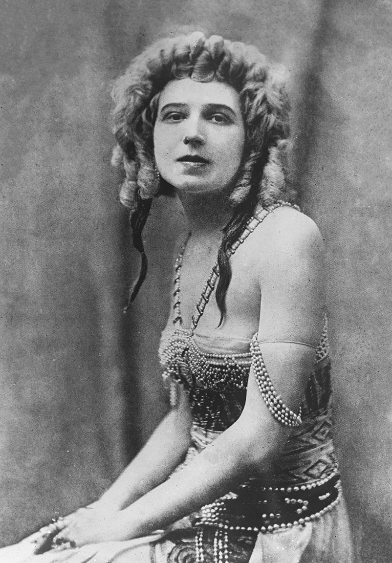 11 72 Ida_Rubinstein_1922